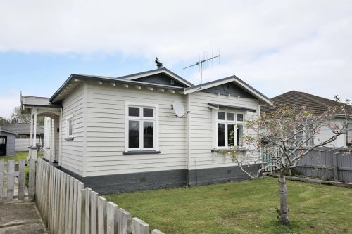 Make Your Home on Hope Street! - Georgetown, Invercargill City
